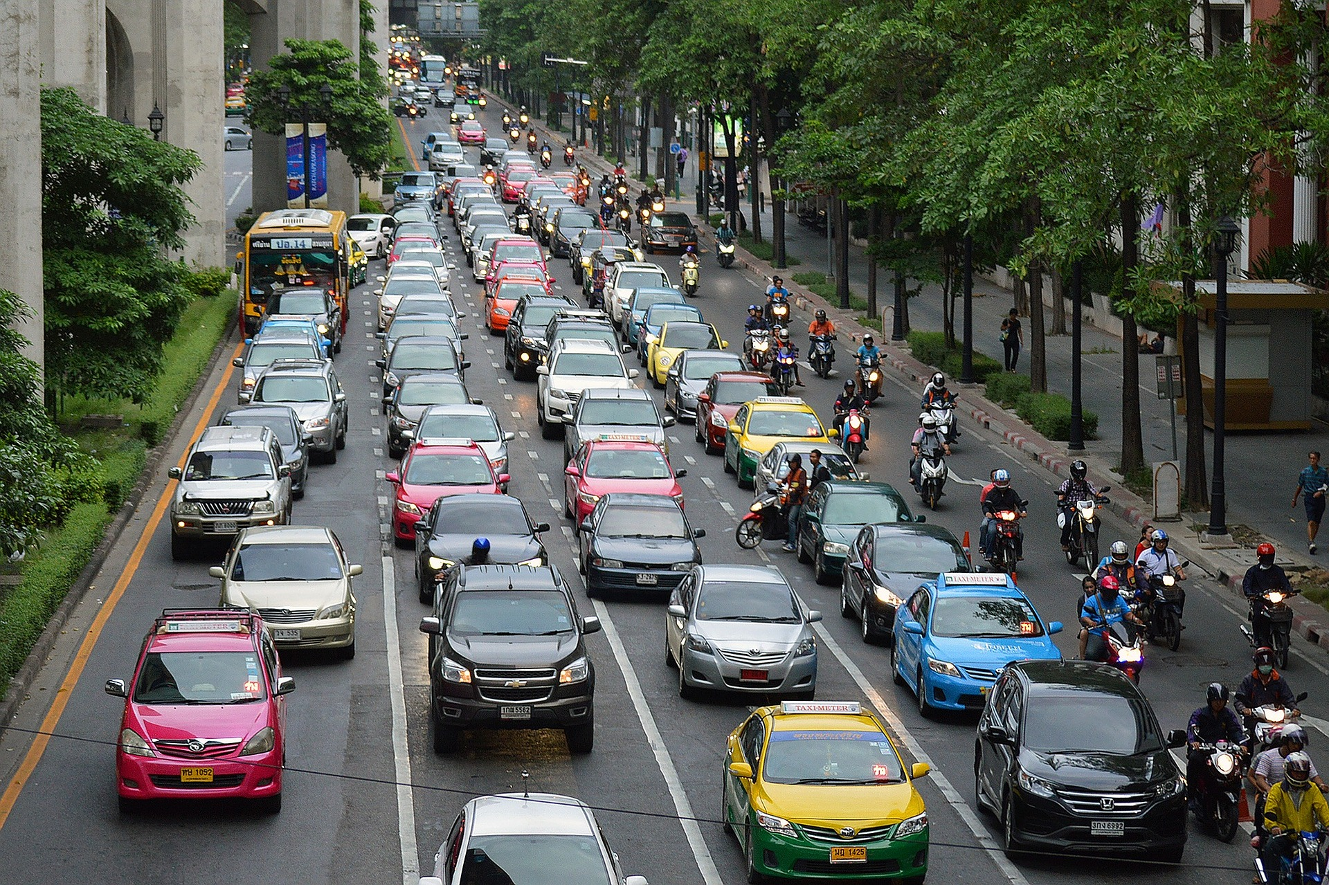 not sitting in traffic jams are a great way to reduce your carbon footprint