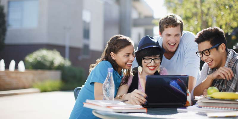 Reducing costs in higher education by adopting scheduling software