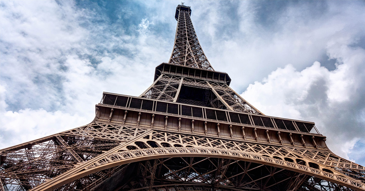 group booking software eiffel tower